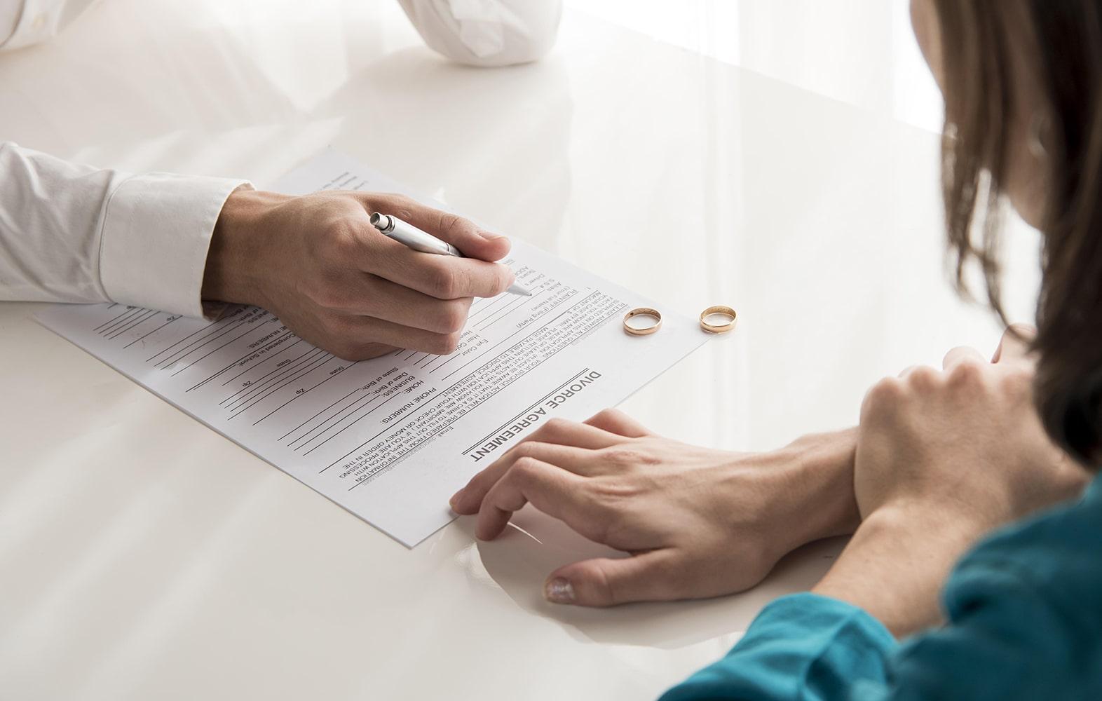 Divorce Nos Dossiers Grands Dossiers Img Divorce